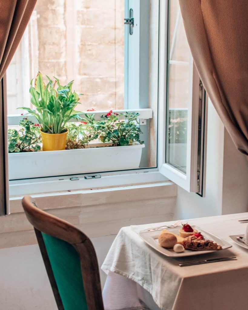 The breakfast room Valletta Lucente