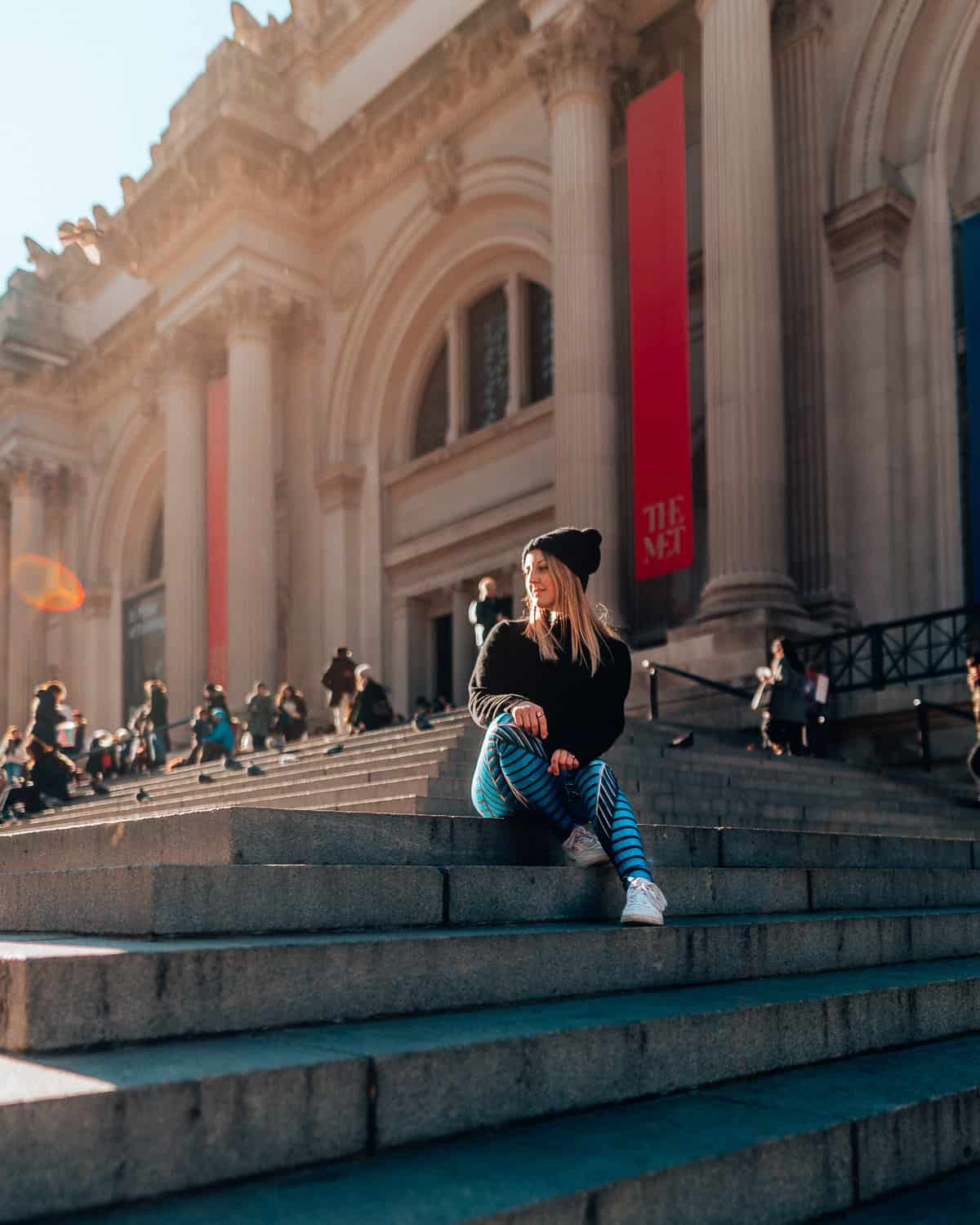 The Met Steps