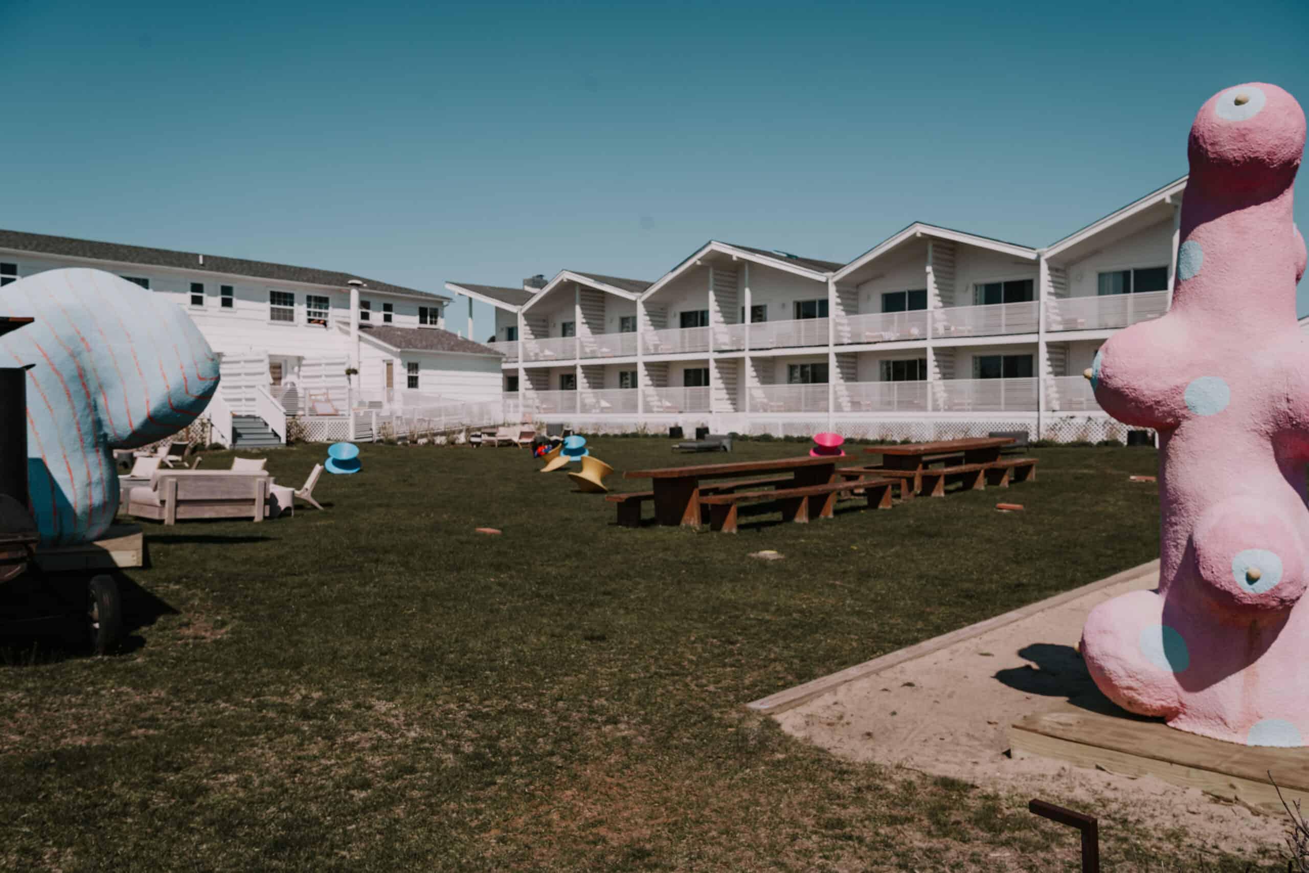 Hero Beach Club Yard Montauk