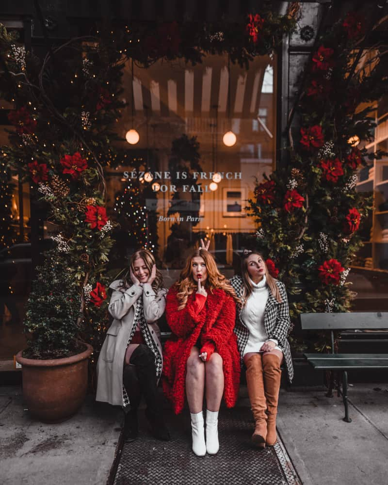 3 girls in front of boutique