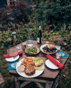 Outdoor Dining Shandaken Inn Clubhous