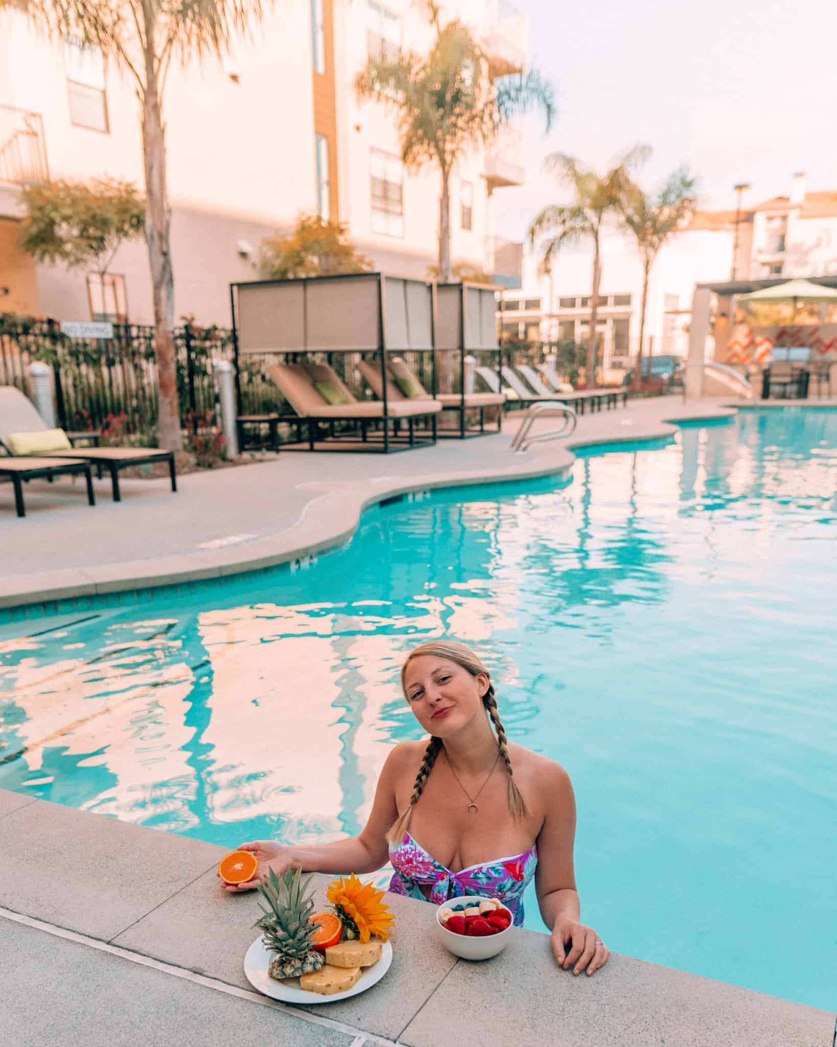 poolside with breakfast at Sonder Apartment